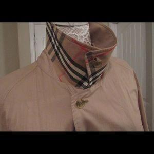 Burberrys Trench Coat Mens 44 Long